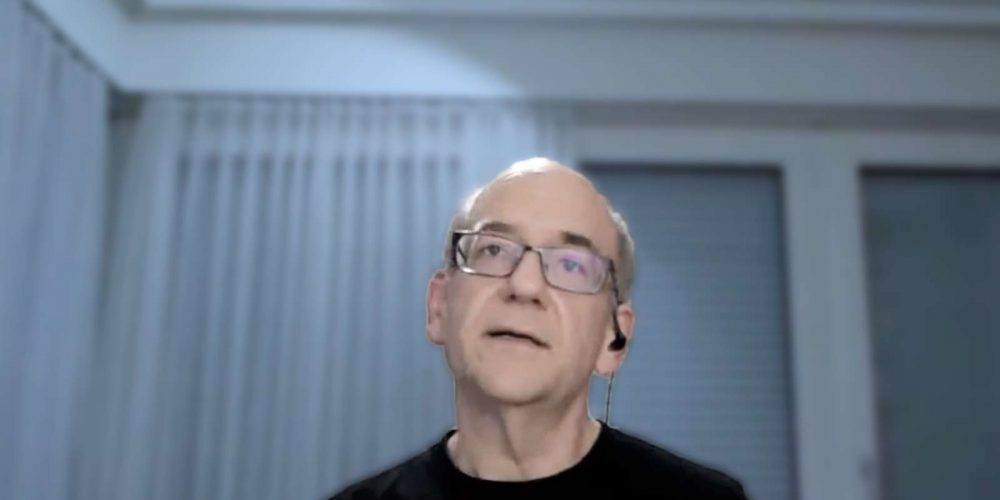 Google Offers 2 Tips for Improving Web Content via @martinibuster