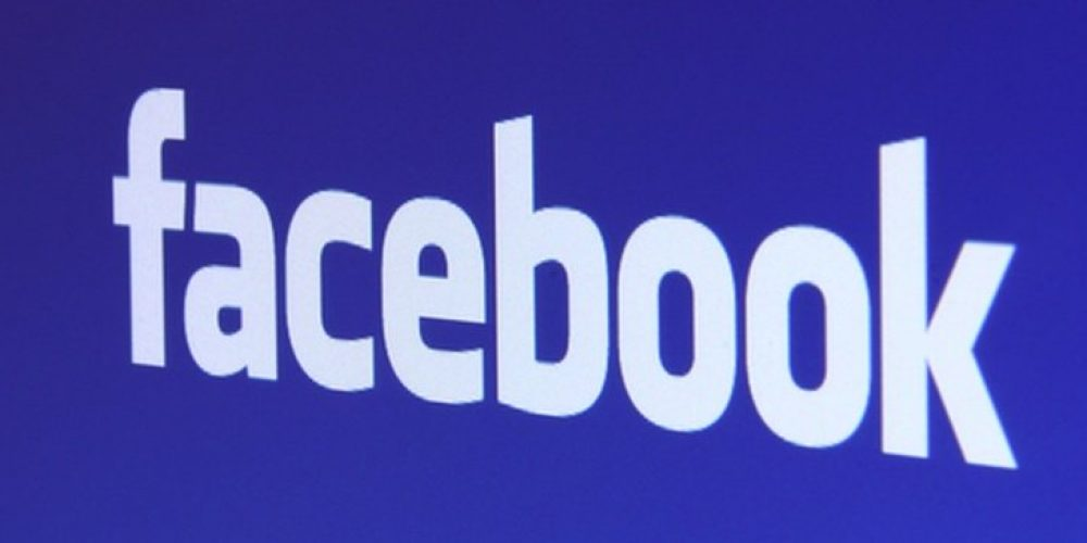 Facebook Bans Misleading Information About How to Participate in the US Census