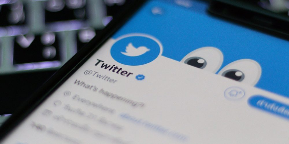 Twitter Begins Showing More Ads to Some Users via @MattGSouthern