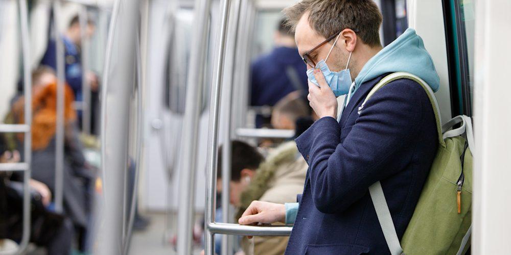 Google & Facebook Ban Ads for Face Masks As Coronavirus Spreads via @MattGSouthern