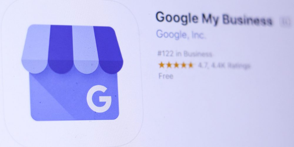 Google My Business Temporarily Removes Features Due to COVID-19 via @MattGSouthern