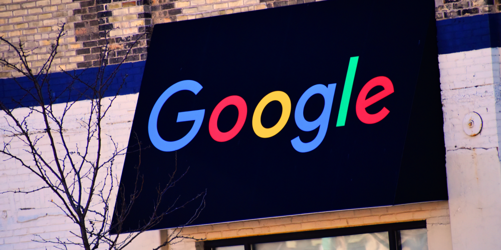 Google's Martin Splitt to join Live with Search Engine Land Friday