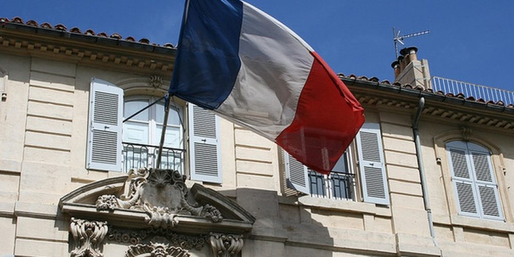 France Announces Tough New Content Removal Requirements for Social Platforms