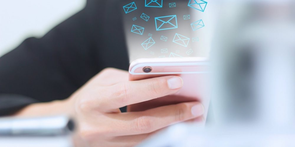 How Email Responsiveness Builds Trust [Infographic]